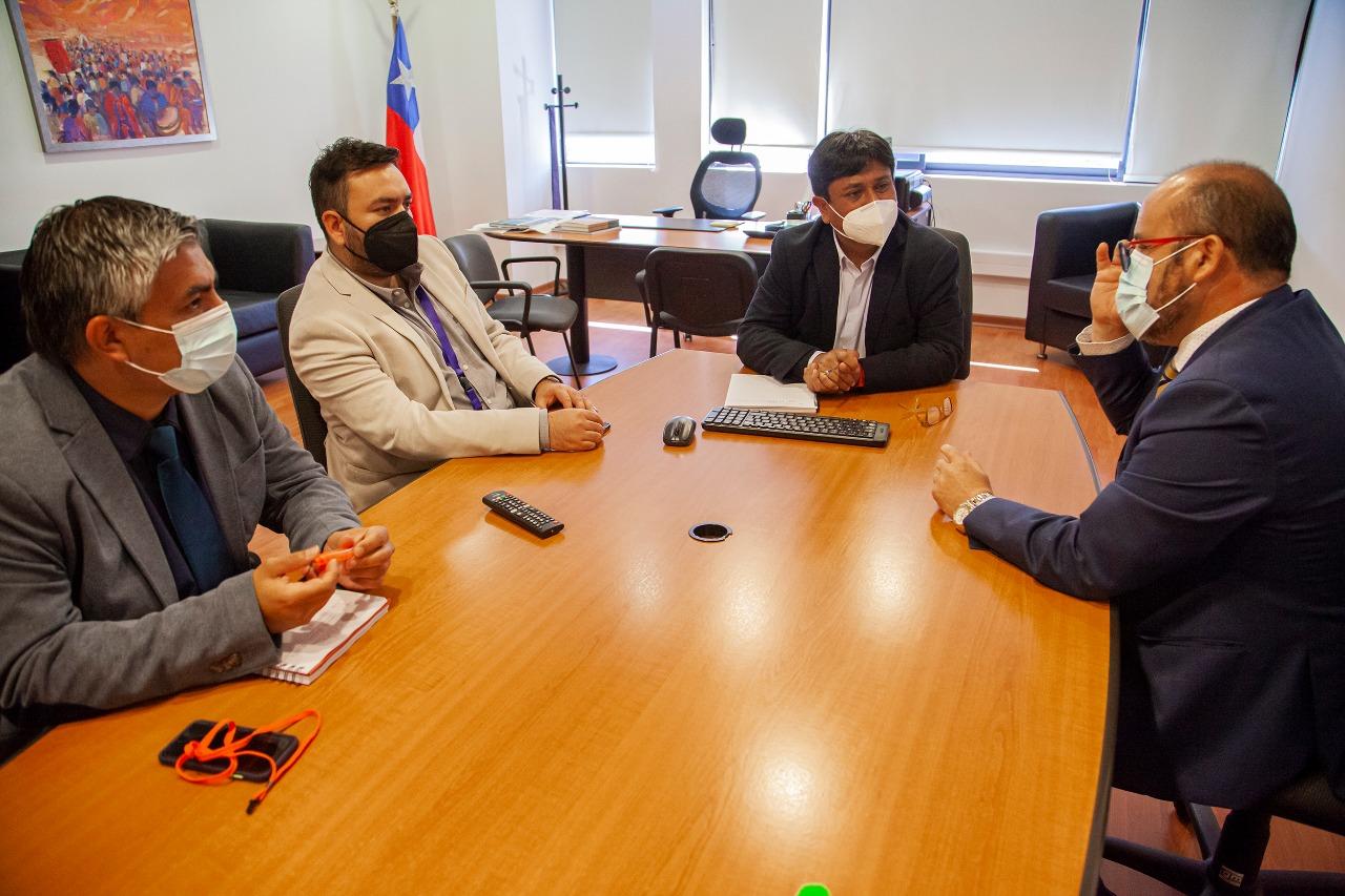 Rector de CFT realiza saludo protocolar a Gobernador regional